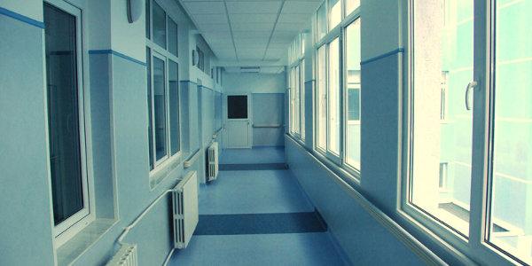 Există tendința ca pacienții cu complicații din spitalele private să fie transferați la stat