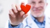 Por cada década que una persona haya tenido el colesterol elevadotiene hasta un 40 % más posibilidades de sufrir del corazón