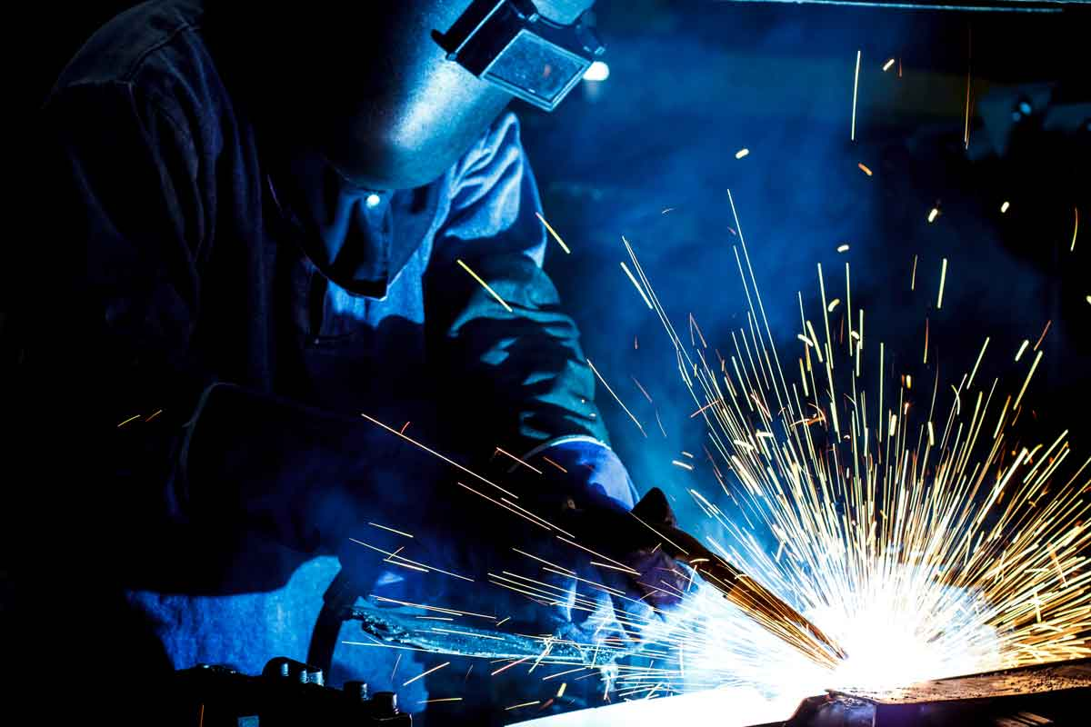 Doctor Symbol Hd Wallpaper Low Levels Of Manganese In Welding Fumes Linked To