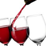 Study Suggests Red Wine Compound Helps Prevent Cancer