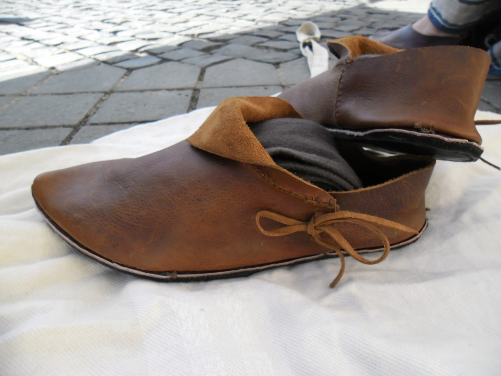 Side Laced European Medieval Shoes Medievalisticals