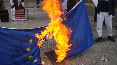Horiaca vlajka EU