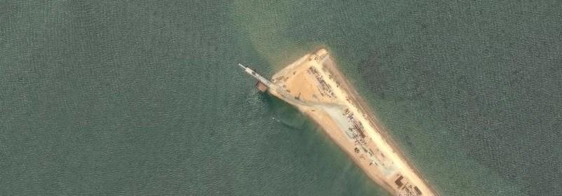 Stavba mosta cez Kerčský prieplav v Azovskom mori