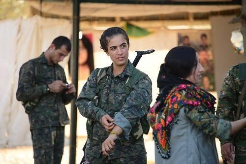 RojavaWomen