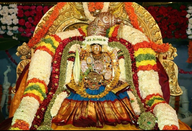Lord Venkateswara Hd Wallpapers For Windows 7 Friday Lakshmi Devi Amp Chamundeshwari Pictures