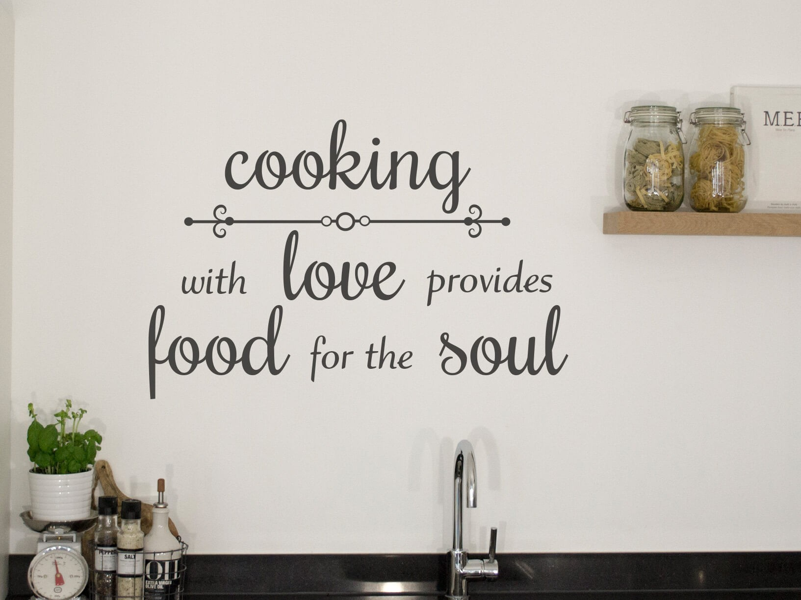 "Muursticker Slaapkamer Muursticker ""cooking With Love Provides Food For The Soul"