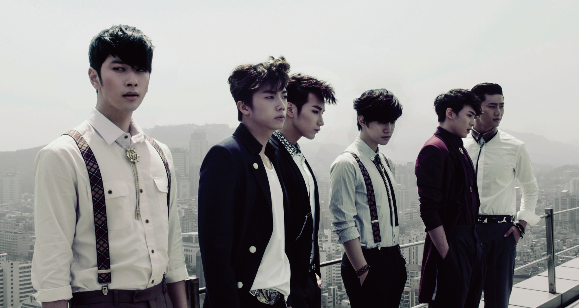 Black And White And Red Wallpaper 「2pm」 Meeyuxity