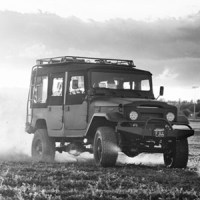 ICON – Toyota FJ-Series :: Interview With Jonathan Ward