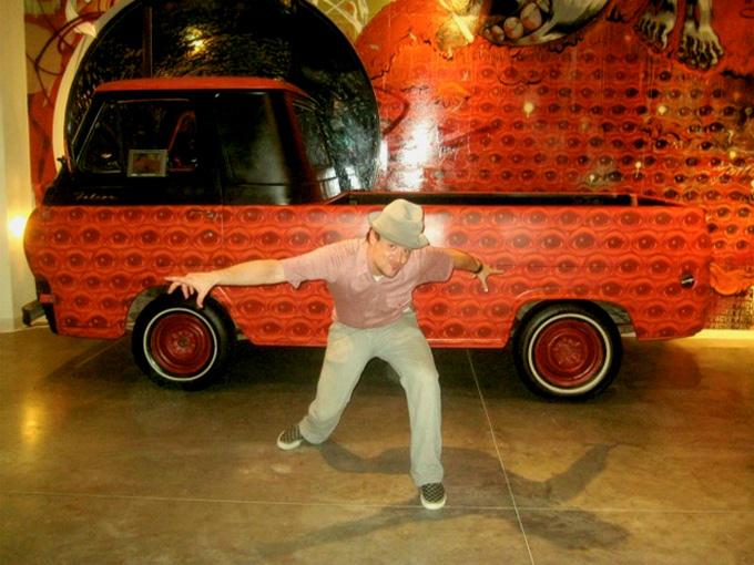 Eye-conoline Truck :: Peat Wollaeger