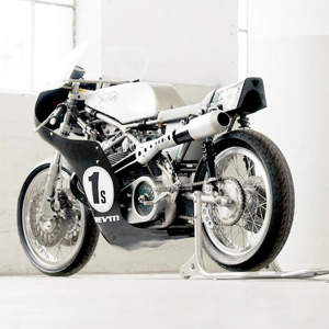 Seeley Norton :: Building A Vintage Racing Motorcycle