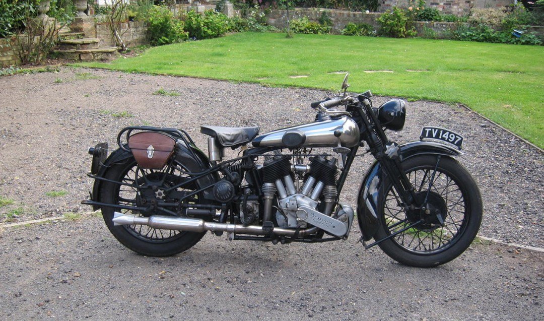 1930-Brough-Superior-SS-80