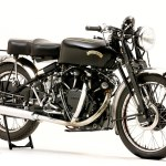 CREDIT-DOUBLE-RED-1952-Vincent-998cc-Montlhery-Black-Shadow