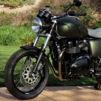Steve McQueen Limited-Edition Triumph – Richard Pollock