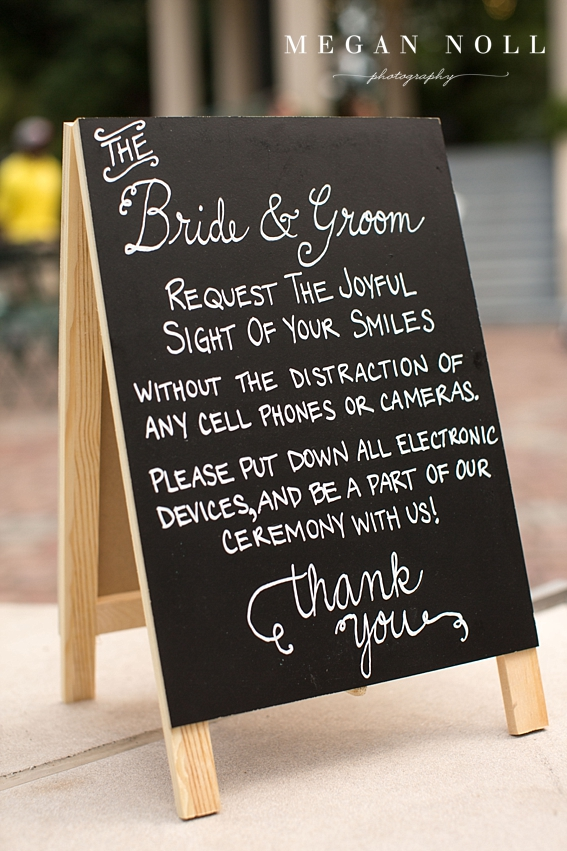 Unplugged Weddings - Having your wedding ceremony device free