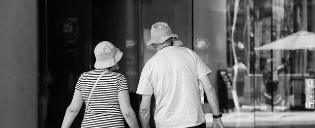 old-couple-1724887_640