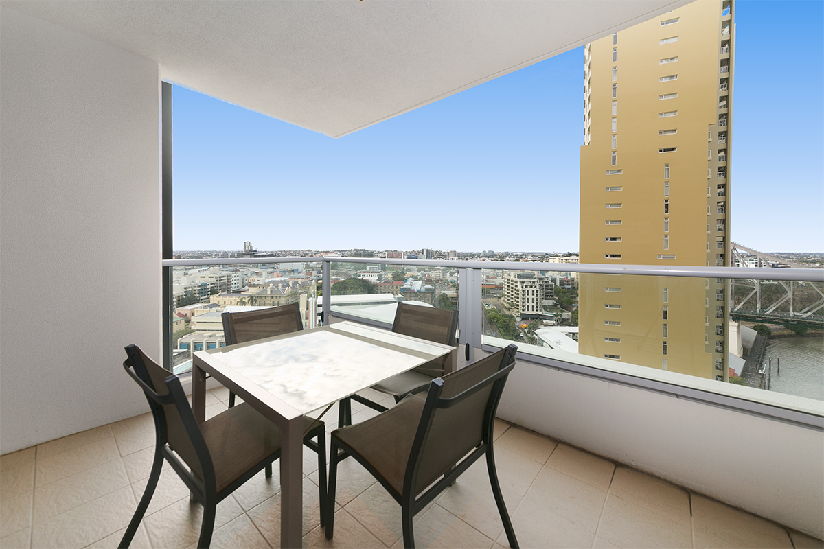 1 Bedroom Apartment Brisbane 225 30 Macrossan Street Brisbane City 4000 1 Bedroom Apartment