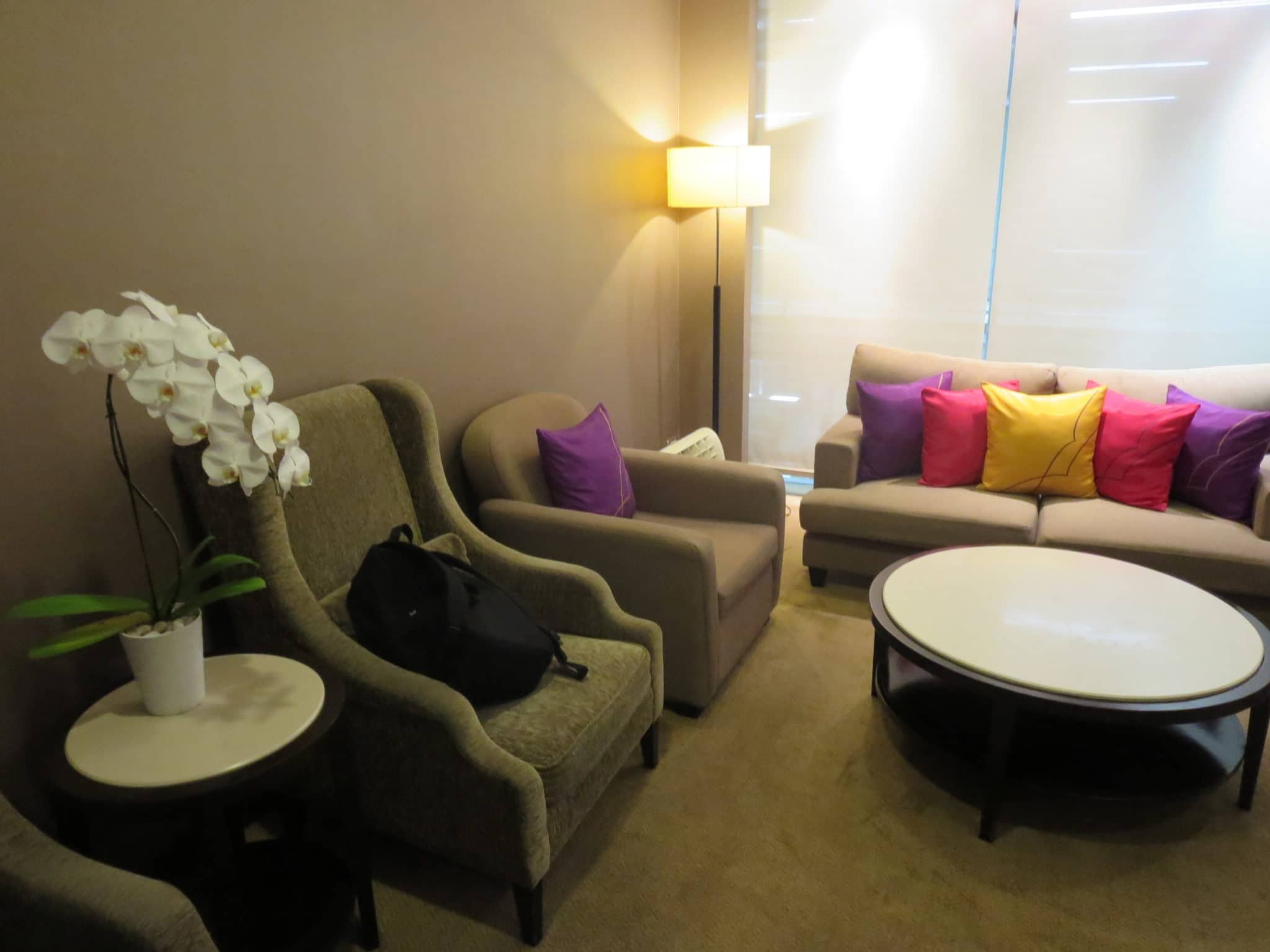 Thai Wohnzimmer Review Thai Airways First Class Lounge Bangkok
