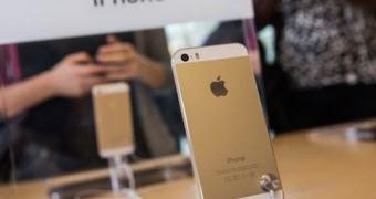 Moradores de rua teriam sido pagos por consumidores para guardar lugares na fila do iPhone na Califórnia