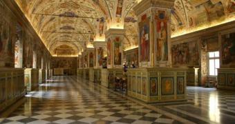 NTT vai digitalizar 15 mil manuscritos da Biblioteca Vaticana até 2018