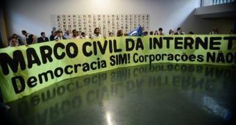 Marco Civil da Internet: conversamos com Flávia Lefèvre Guimarães, ex-integrante do conselho consultivo da ANATEL