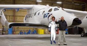[1º de abril] Virgin Galactic contrata Rubens Barrichello como piloto