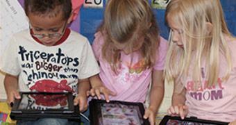 Microsoft doará US$ 1 bilhão pra compra de PCs para escolas