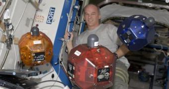 Project Tango serão os olhos dos SPHERES da NASA