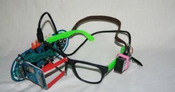 Garoto de 13 anos cria um Google Glass caseiro