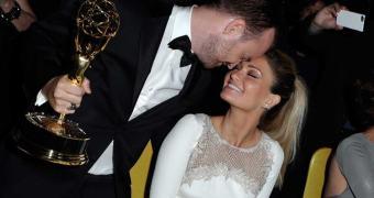 Discurso de ator de Breaking Bad no Emmys derruba site de sua esposa