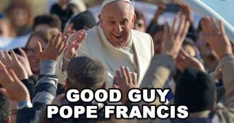 Papa declara que teorias da Evolução e Big Bang são reais e não competem com a ideia de criação divina