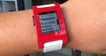 Atualização de firmware do Pebble agora suporta notificações Android em bom português