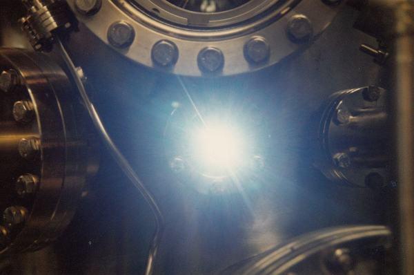 1280px-SynchrotronLight