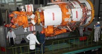Russos requentando troladas de satélite do tempo da Guerra Fria