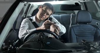 Já era esperado: smartwatches são piores que smartphones no trânsito