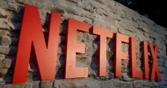 Netflix Brasil vai pagar para você ficar o dia inteiro no sofá