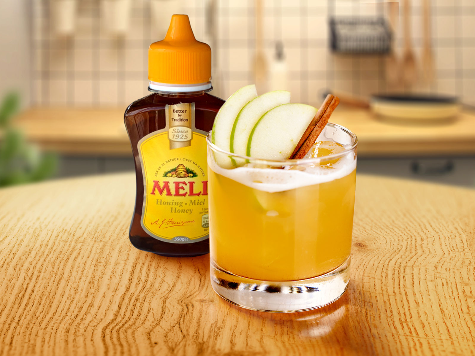 Alcoholvrije Cocktail Appel Kaneel Mocktail Meli Honing