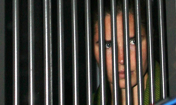 Amanda Knox behind bars