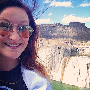Carrie enjoying the sights along GoAbroad's Northwestern Roadshow with a little selfie at Shoshone Falls in Twin Falls, Idaho, USA