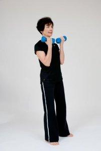 Video: Standing Biceps Curl Beginner Exercise