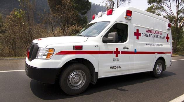 Nissan NV2500 parte de la flota de la Cruz Roja Mexicana