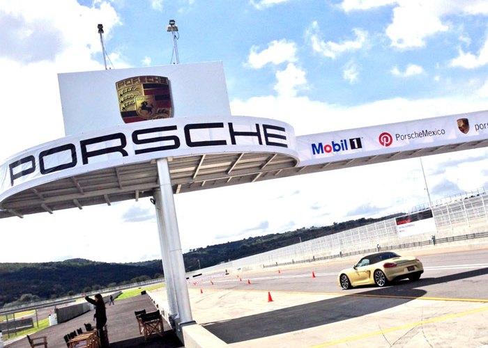 #PorscheDrivingExperience – ¡Manéjala!