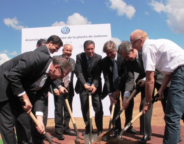 Volkswagen amplía su planta de motores en Silao