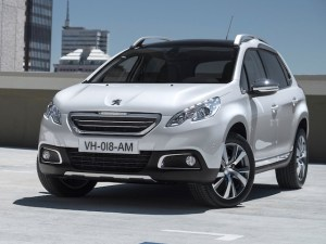2014-Peugeot-2008-Front-Angle