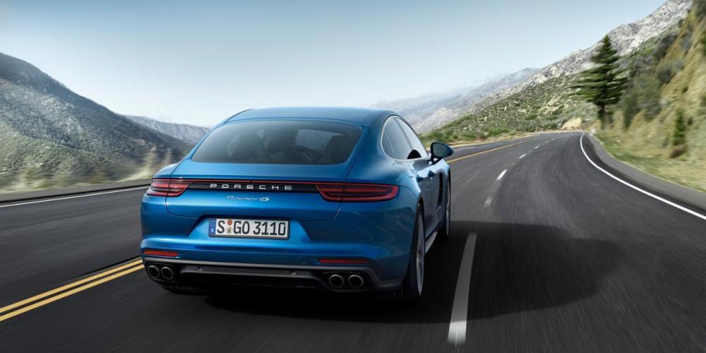 Porsche crece 6% en 2016