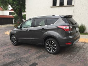 Ford Escape 2017044