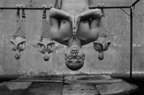 Shaolin Monks Training (18 pictures)
