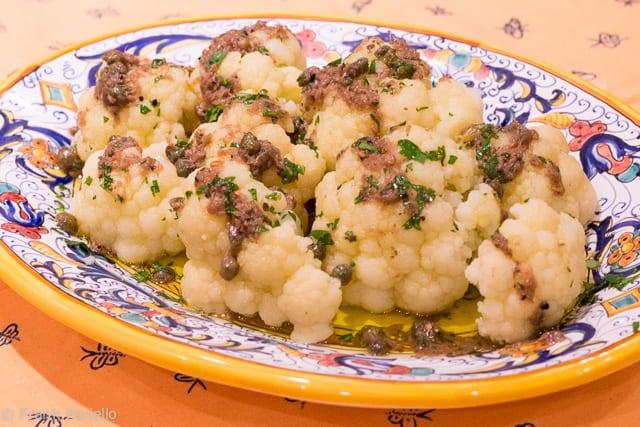 Cavolfiore in salsa di acciughe (Cauliflower in Anchovy Sauce)