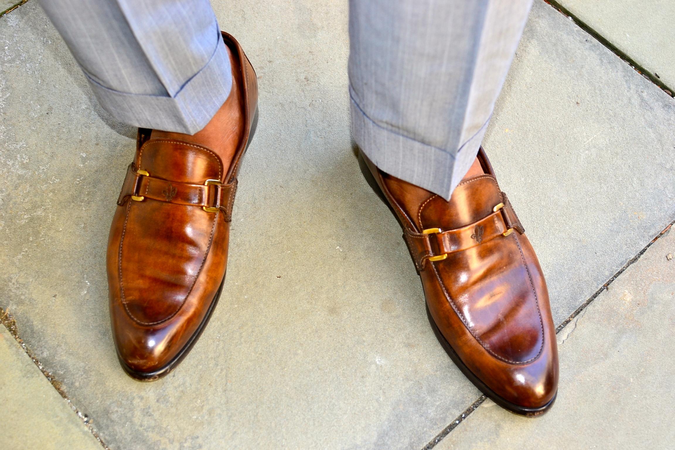http://www.blacklapel.com/suits/sullivan-gray-pinstripe-suit.html