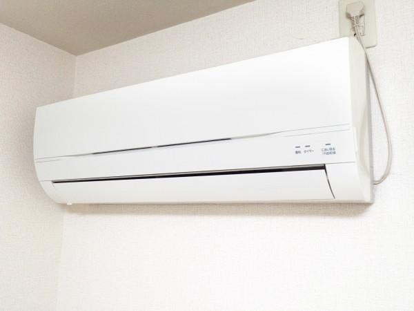 家庭用エアコンの例