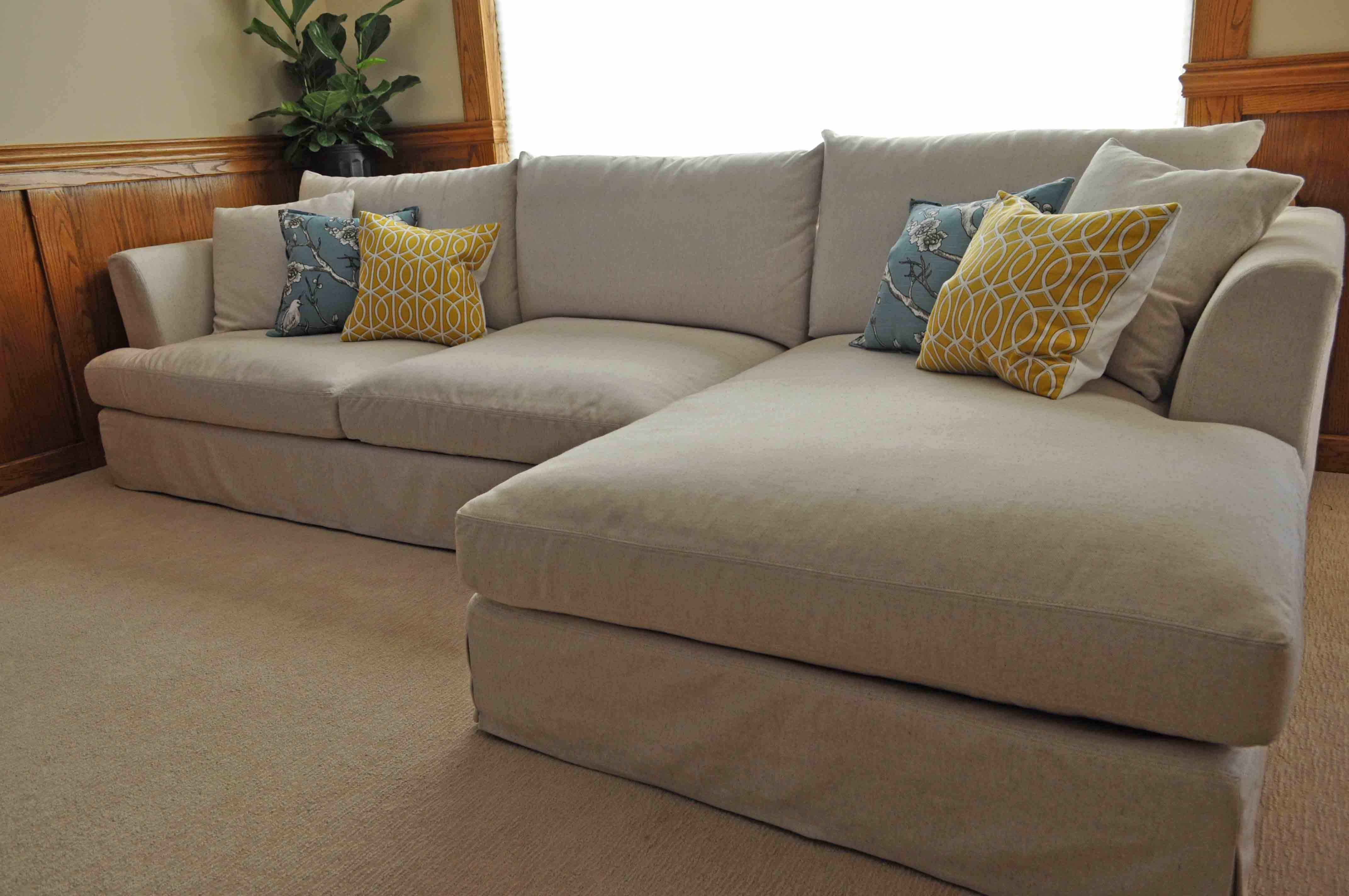 Big Sofa In A Small Room Large Comfortable Sofa Sectional Sofas Large Comfortable